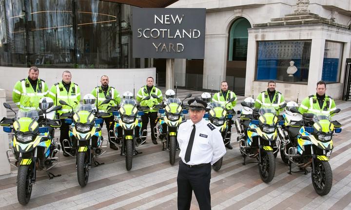 Будни мотобата: семь новых мотоциклов BMW обеспечат порядок на улицах