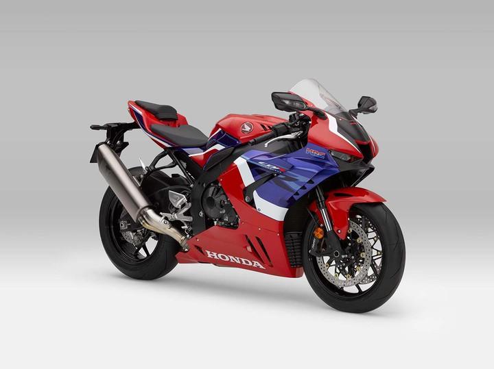 Красавчик года: Honda CBR1000RR-R Fireblade получил премию за лучший дизайн