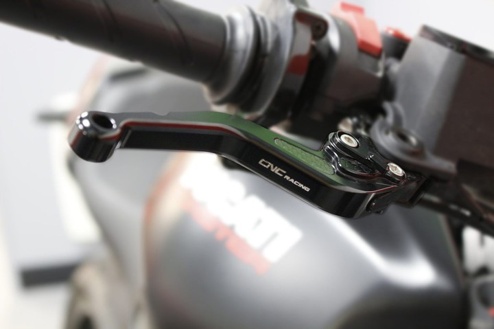 Small reach clutch and brake levers