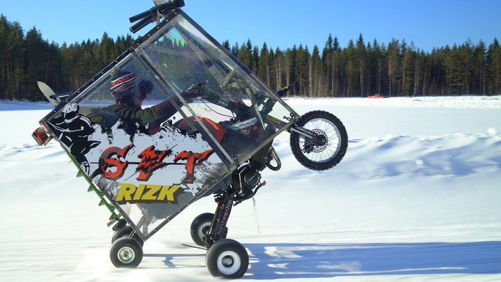 EPIC WINTER MOPED