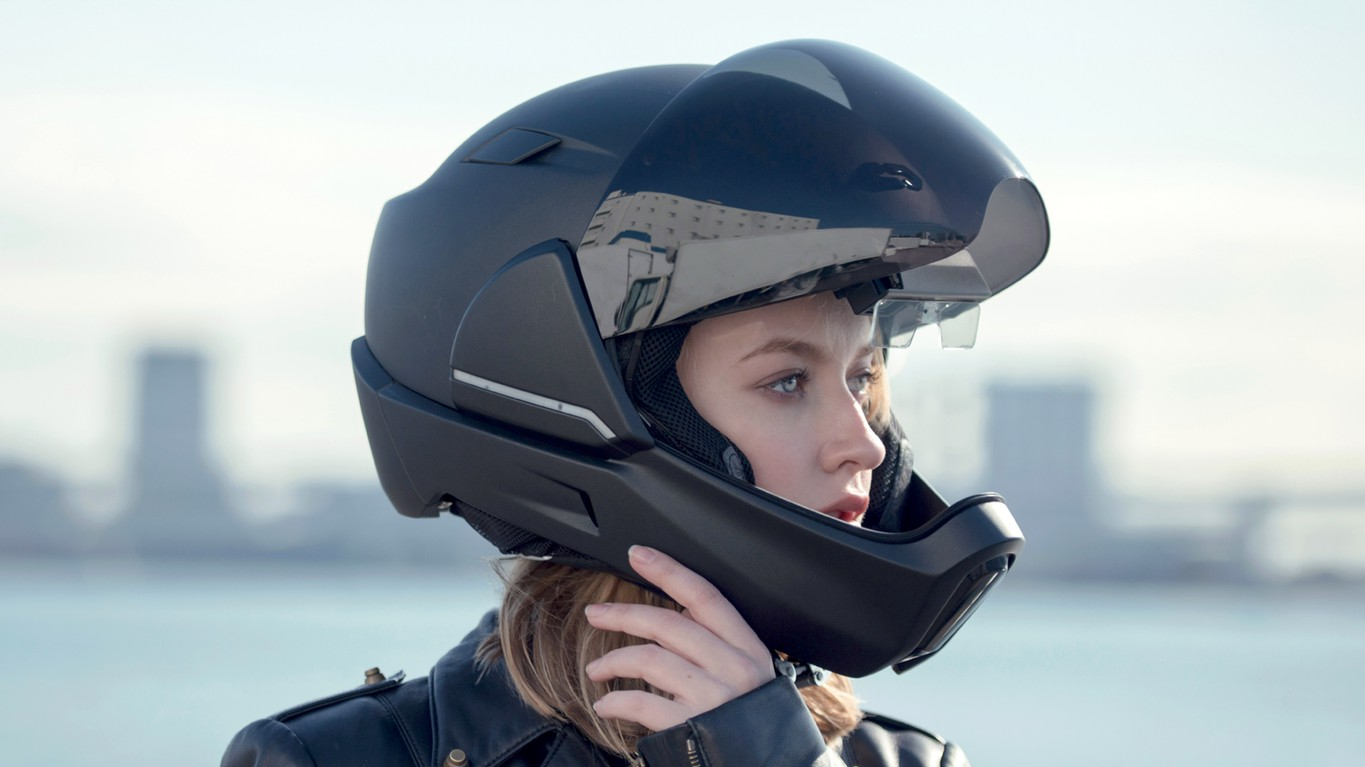 Contact lens wearers, what type of helmet do you prefer?