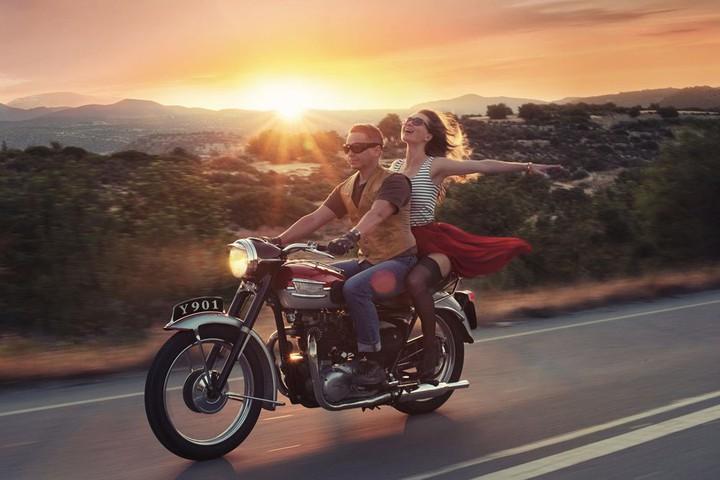 С Днём мотоциклиста, товарищи! 🥳