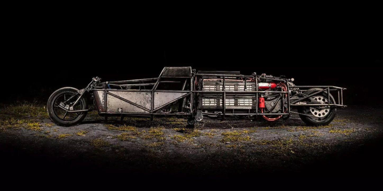 Streamliner - электрический монстр