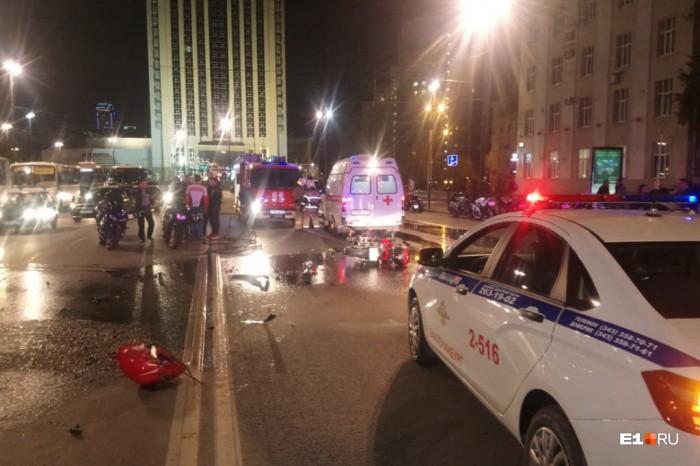 В Екатеринбурге столкнулись два мотоциклиста