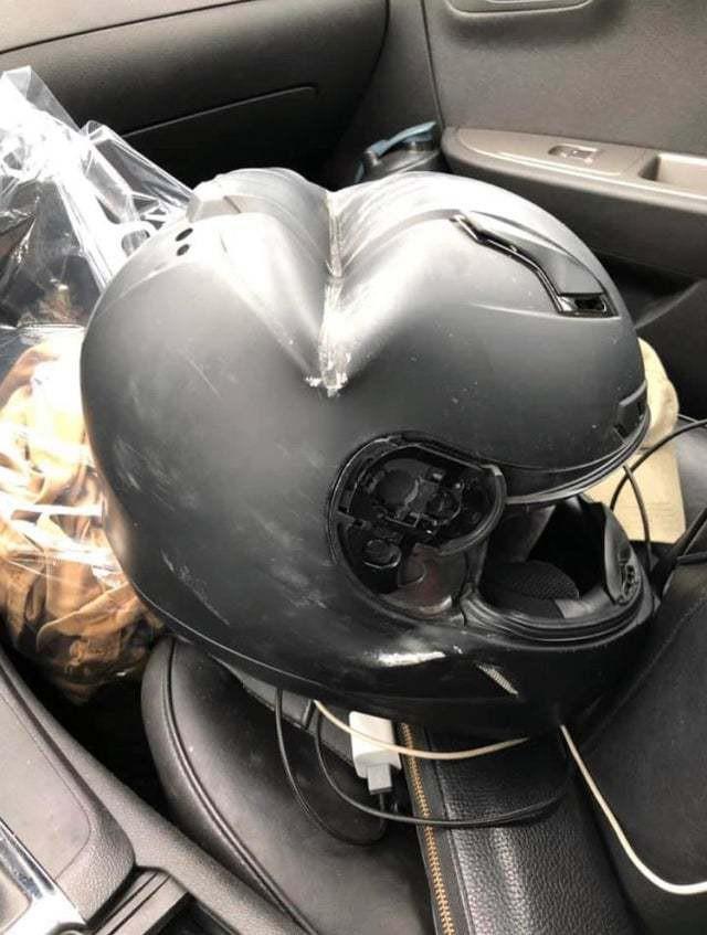 Владелец шлема выжил!